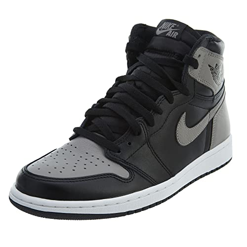 reputable site 7cd8e a1aa4 Nike Air Jordan 1 Retro High OG, Zapatillas de Gimnasia para Hombre   Amazon.es  Zapatos y complementos