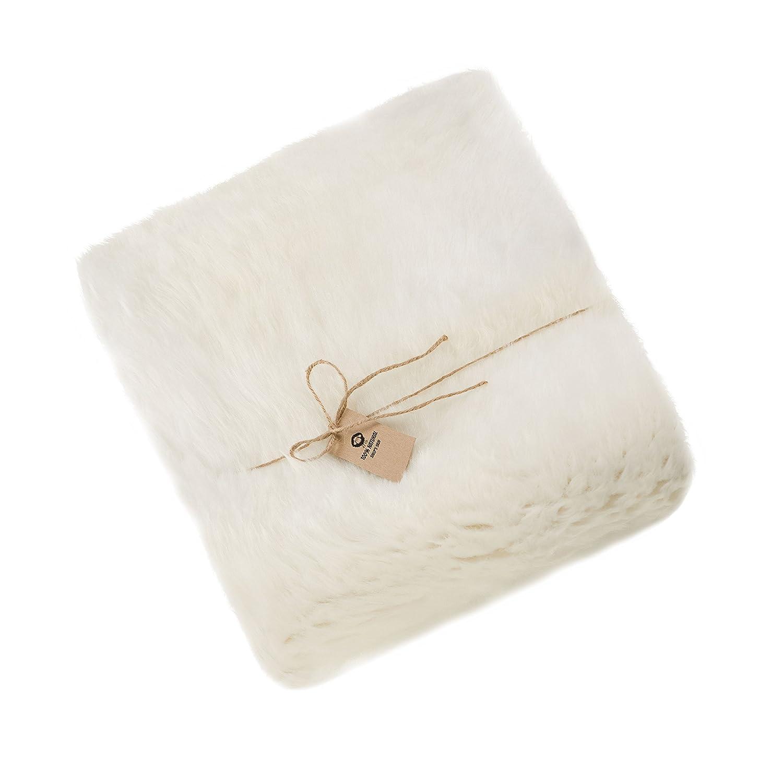 Amazinggirl Lammfell Weiß Schaffell Teppich Teppich Teppich Geschenkbox Naturform Echt Fell NATURFELL Sheepskin Paket FÜR Geschenk (Weiß, 110 x 120 cm) 0015a2