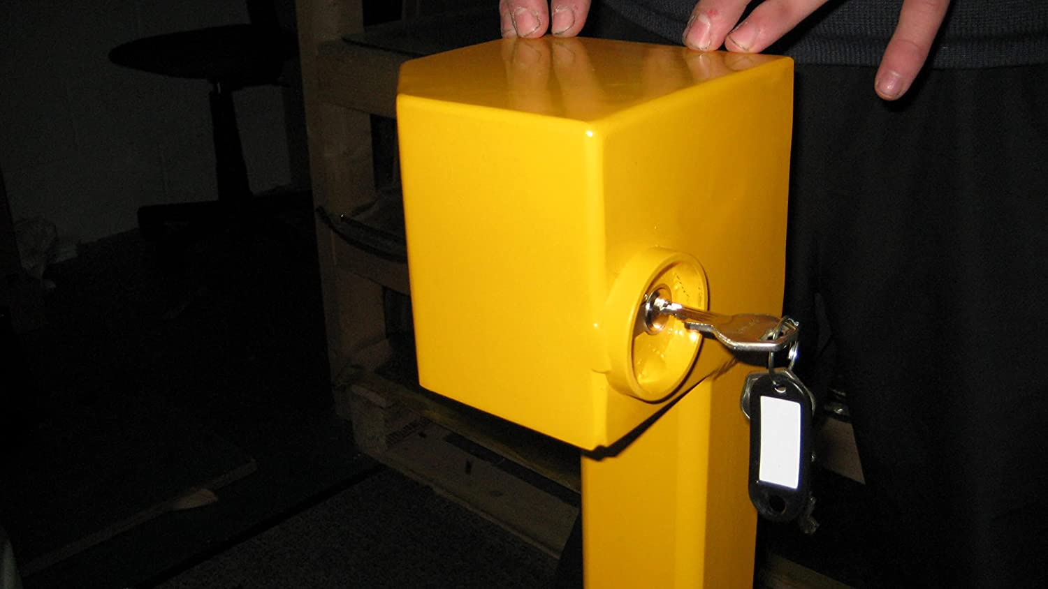 Centinel Driveway Security post C1