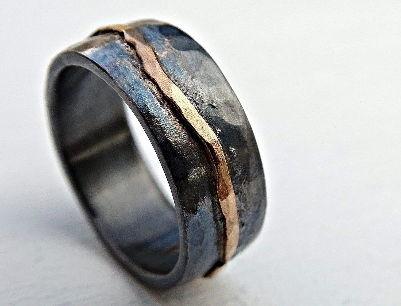 Amazon Com Hammered Gold Wedding Band Black Silver Man Wedding