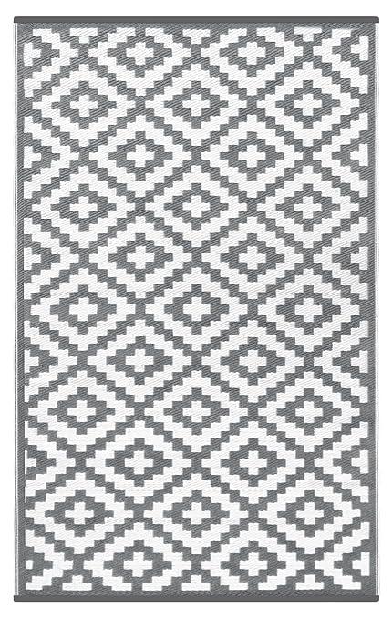 amazon com lightweight outdoor reversible plastic nirvana rug 4 x rh amazon com