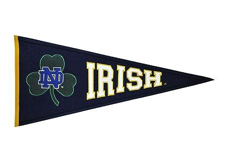 d4799dfe186 Amazon.com   Winning Streak NCAA Notre Dame Irish Clover Pennant ...
