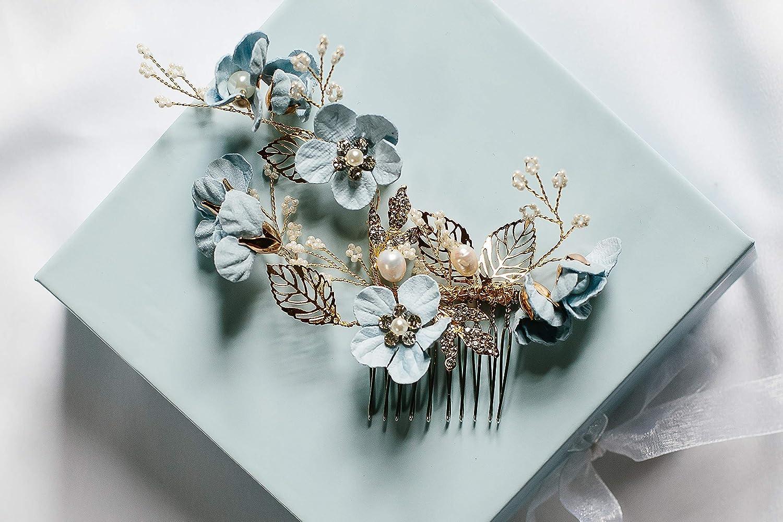 Bridal Hair comb Blue hair comb Verdigris Turquoise Wedding hair comb hair accessory Garden wedding hair decoration Pale blue green comb