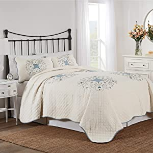 Nostalgia Home Melanie Quilt Set, King, White/Blue