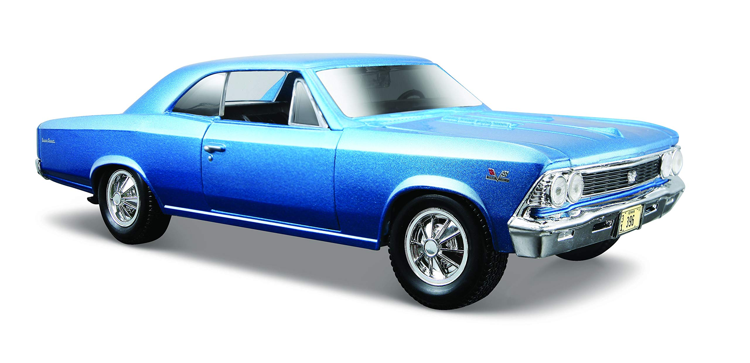 Maisto 1:24 1966 Chevy Chevelle SS 396 Model Car, Multicolor