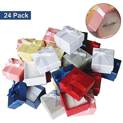 Pack de 24 Cajas para Joyas Anillo Exhibir Regalos con Inserto de Terciopelo por Kurtzy - Cajas de Presentación de 3,8 x 2,8 cm - Diseño de Lazo y ...