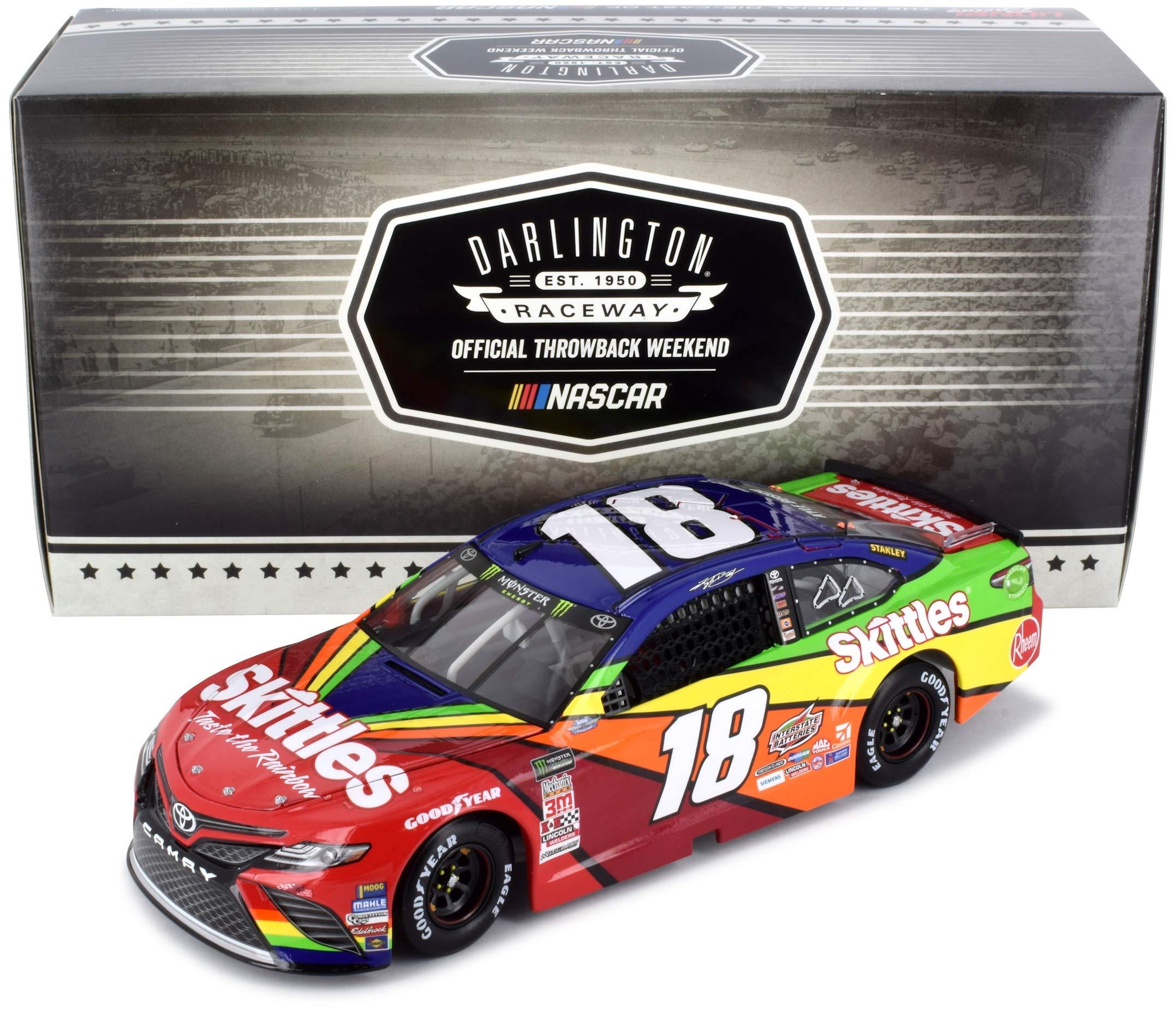 Lionel Racing Kyle Busch 2018 Darlington Throwback Skittles NASCAR Diecast Car 1:24 Scale