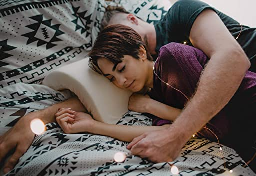 Coodle – Cuddle Pillow