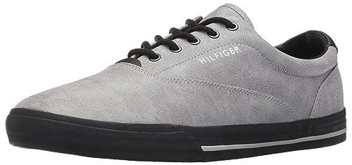 de3ca23e98d5be Tommy Hilfiger Men s Phelipo 2 Fashion Sneaker  Amazon.ca  Shoes ...