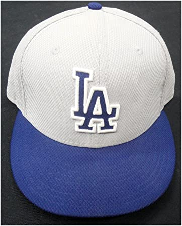 bbdad926af6 Image Unavailable. Image not available for. Color  Scott Van Slyke Dodgers  33  Game Used   Team issue Baseball Cap Hat ...
