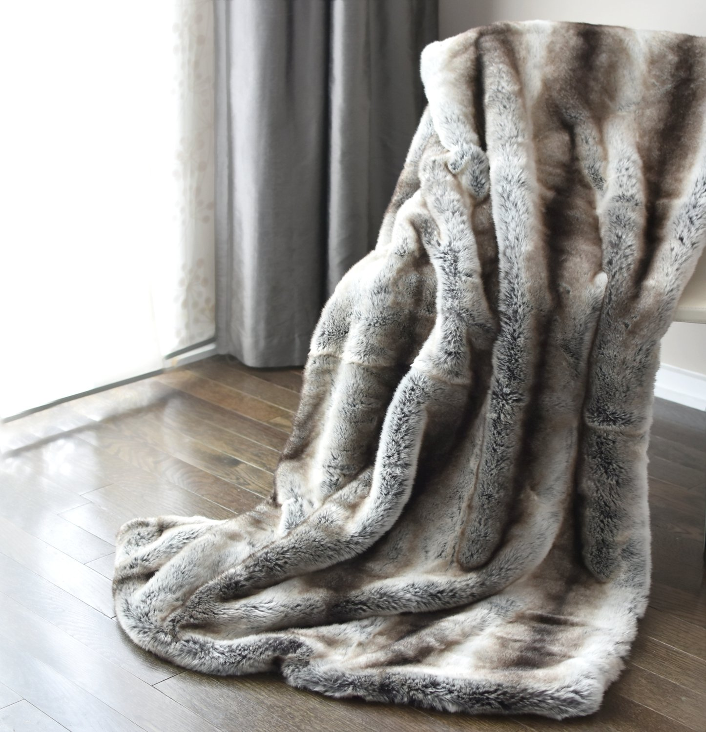 Luxury Faux Fur Oversized Throw Blanket with Plush Velvet Reverse, Fox Lynx or Gray Mink (Chinchilla Stripe)