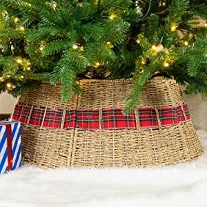 "Rocinha Rattan Christmas Tree Collar - Handwoven Farmhouse Christmas Tree Ring Under Christmas Tree Decorations - Easy Set Up 26"" Rustic Tree Skirt Basket Perfect for Holiday Home Decor (Red Plaid)"