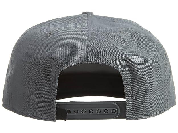 1cd5d052932ee3 Amazon.com  Jordan Space Jam Snapback Hat Unisex Style  836413-065 Size   OS  Shoes