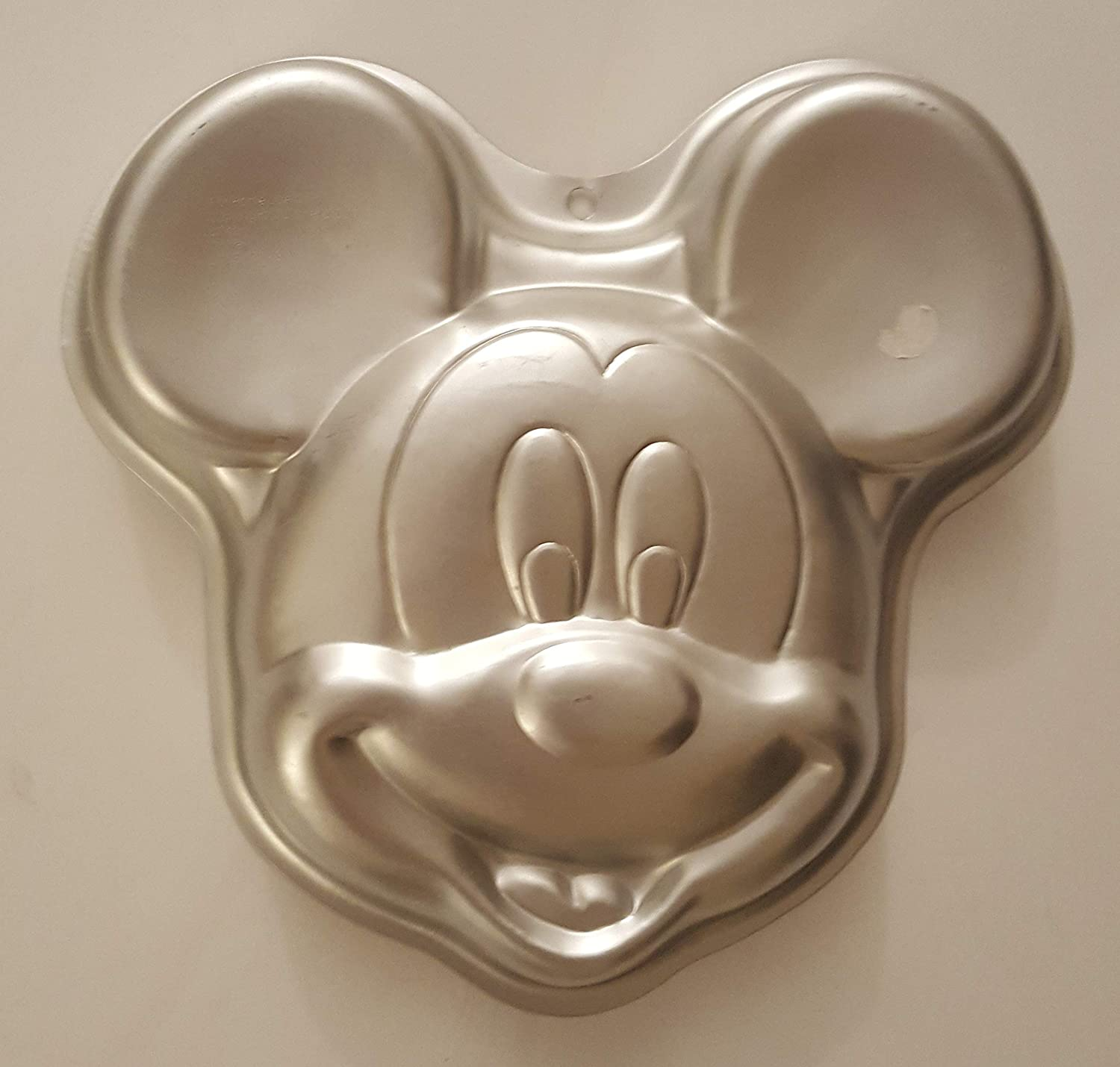 Peachy Amazon Com Wilton Mickey Mouse Face Cake Pan Kitchen Dining Funny Birthday Cards Online Barepcheapnameinfo