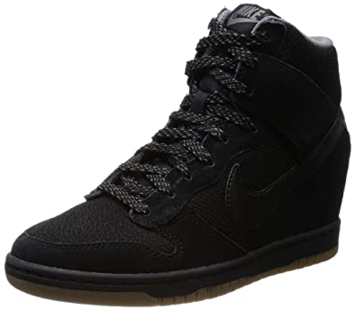 chaussures de sport 0680d bc122 Nike Dunk Sky Hi Essential, Baskets Mode Femme