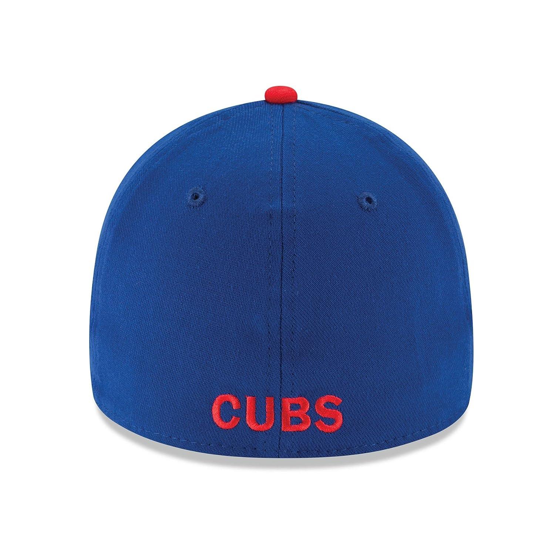a4cbaeb09eaae Amazon.com   New Era Chicago Cubs MLB 39THIRTY Team Classic Flex Fit Hat    Sports   Outdoors