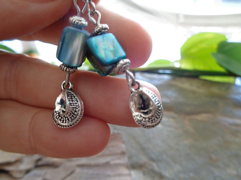 CARAMELO Y PERLA DE SETAS Pendientes tridimensionales en turquesa - azul