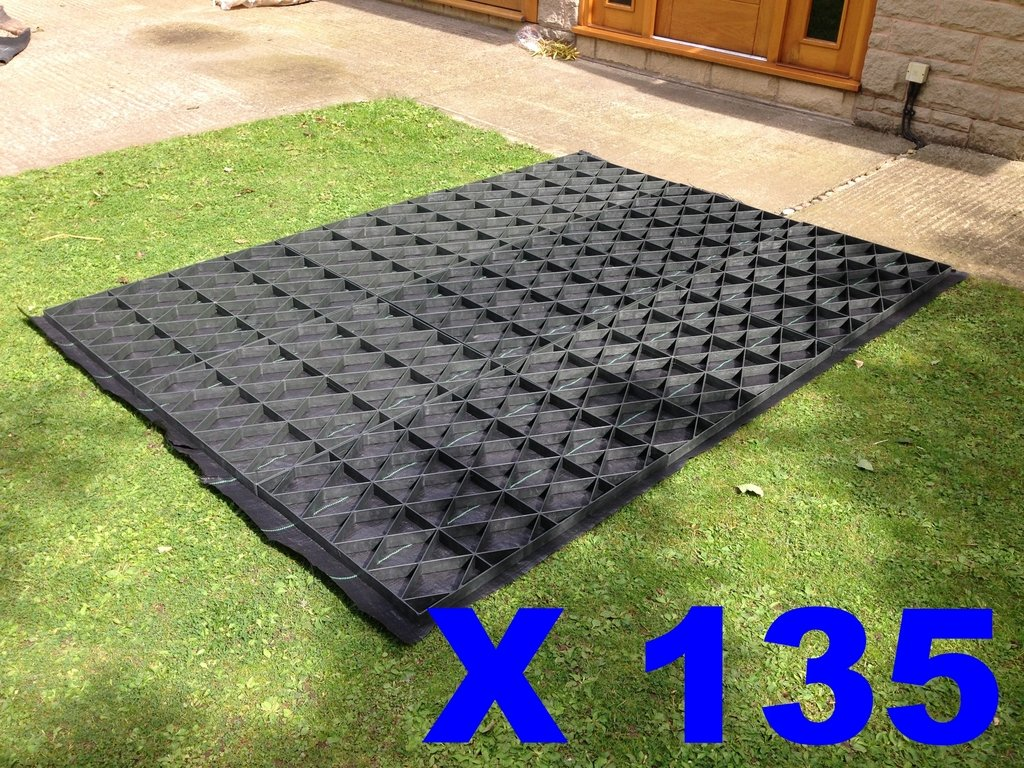 135 SQUARE FEET or 12.5 SQUARE METRES (SUITS 15X9 FEET SHEDS / GREENHOUSES OR SIMILAR SIZE COMBINATIONS) GARDEN SHED BASE GRID FULL ECO KIT + HEAVY DUTY MEMBRANE PLASTIC ECO PAVING BASES & DRIVE GRIDS