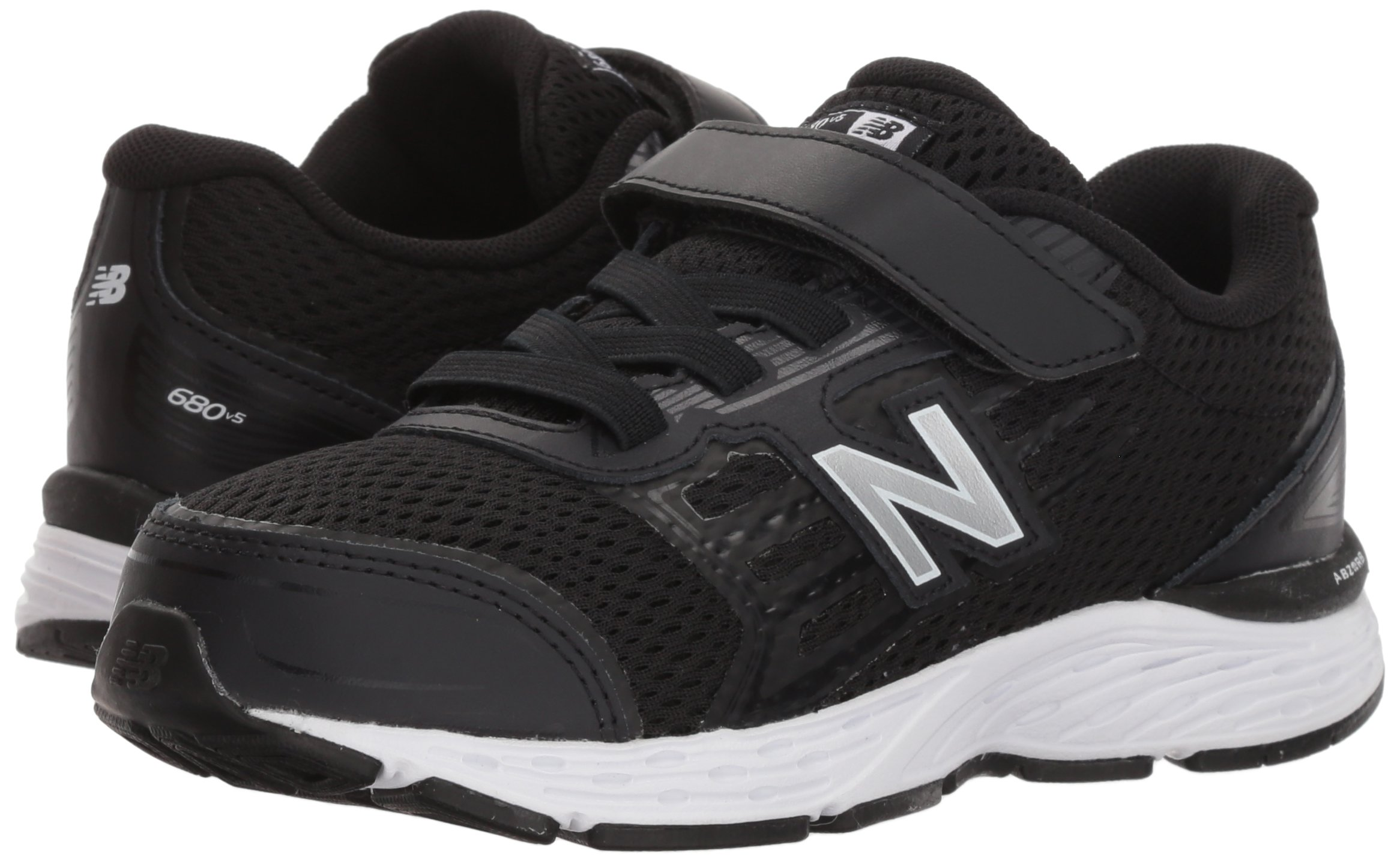 New Balance Boys' 680v5 Hook and Loop Running Shoe, Black/White, 9 M US Toddler by New Balance (Image #5)