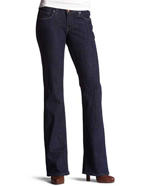 Amazon.com: Levi s Juniors 528 Curvy Bootcut Jean: Clothing