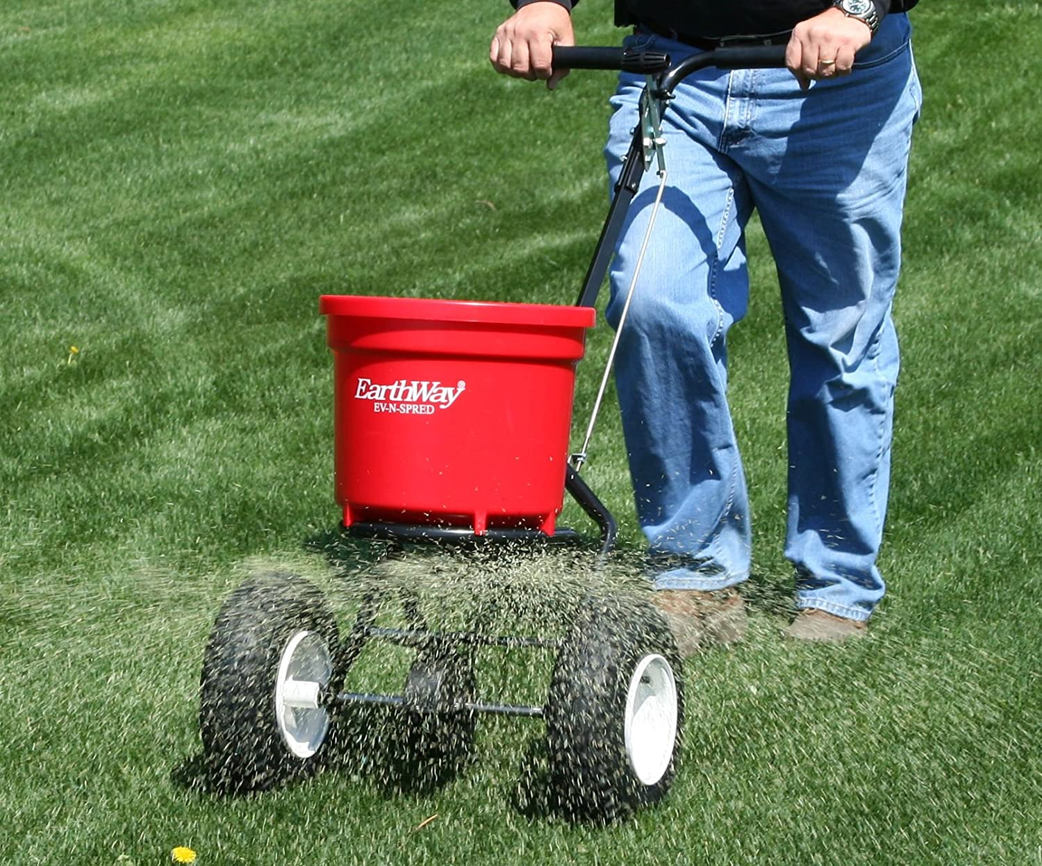 Broadcast Spreader Turf : Best lawn fertilizer spreader reviews  buyer s