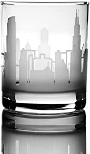 Greenline Goods Whiskey Glasses – 10 oz Drinkware for Chicago Lovers (Single Glass) | Etched with Chicago, IL Skyline | Premium Decorative Glassware