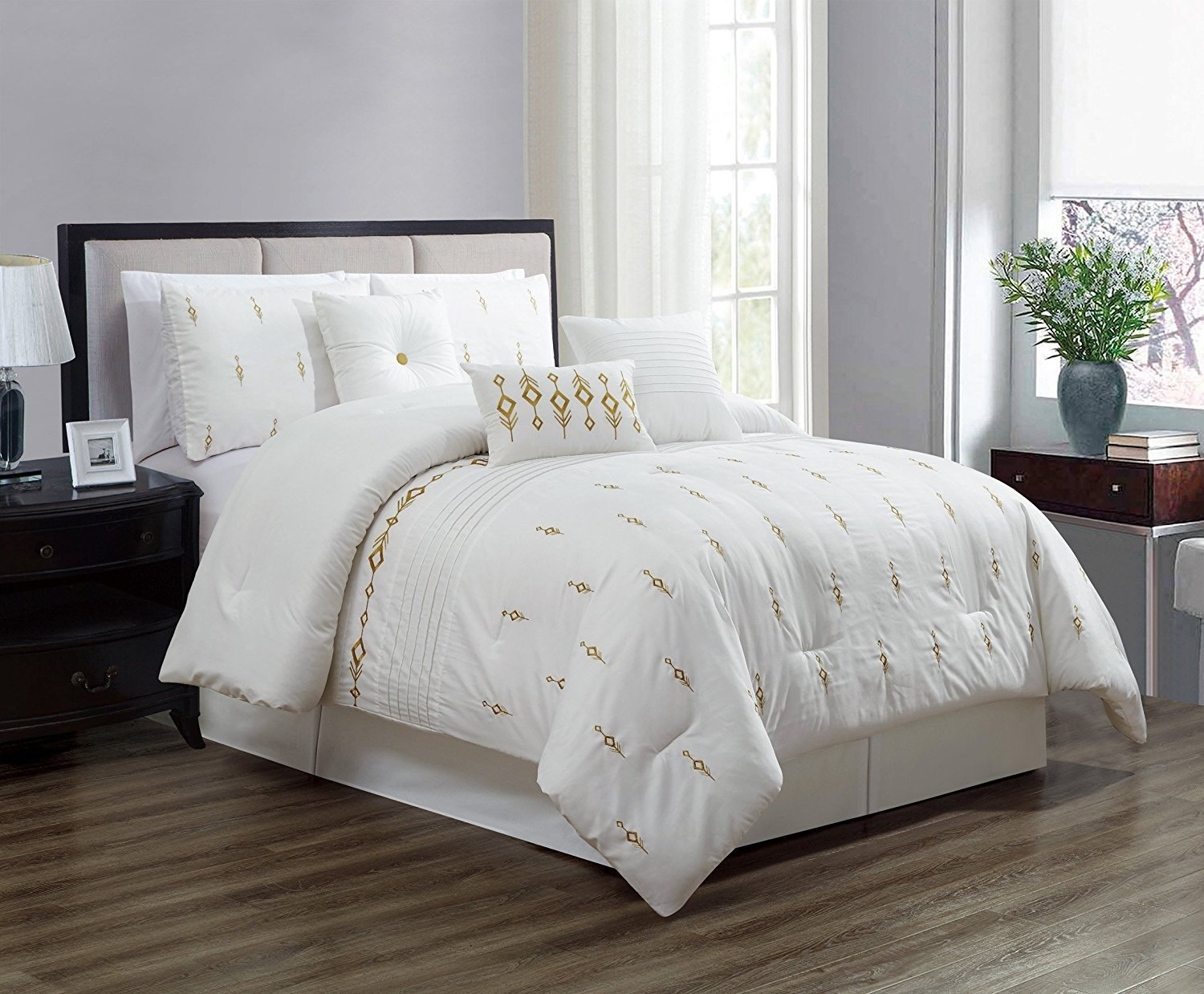 7 Piece Bedding set, White, Gold Embroidered Comforter with Accent pillows Bed in a Bag-Niamh (CalKing)