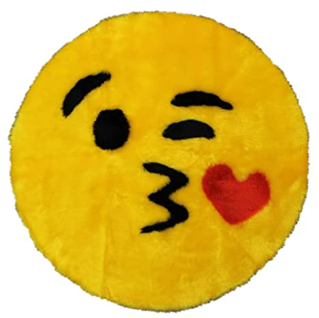 64c320d17 Amazon.com: Walk on Me Emoji Rug - Soft and Cute - Made in France - Emoji  Mat fit for Any Room - Dorm Bed Bathroom Kids Room Emojis (Kiss): Kitchen &  Dining