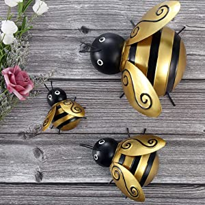 MDLUU Bumble Bee Metal Wall Art, Bees Wall Sculpture, Indoor Outdoor Bee Hanging Decor for Home, Restaurant, Garden, Yard, Pack of 3