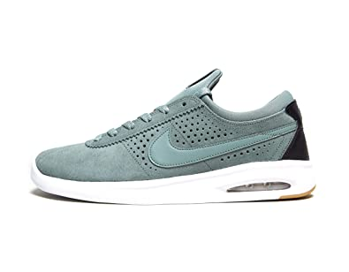 quality design f823f 7f575 Nike , Baskets Mode pour Homme Vert Clay Green White Gum Light Brown -