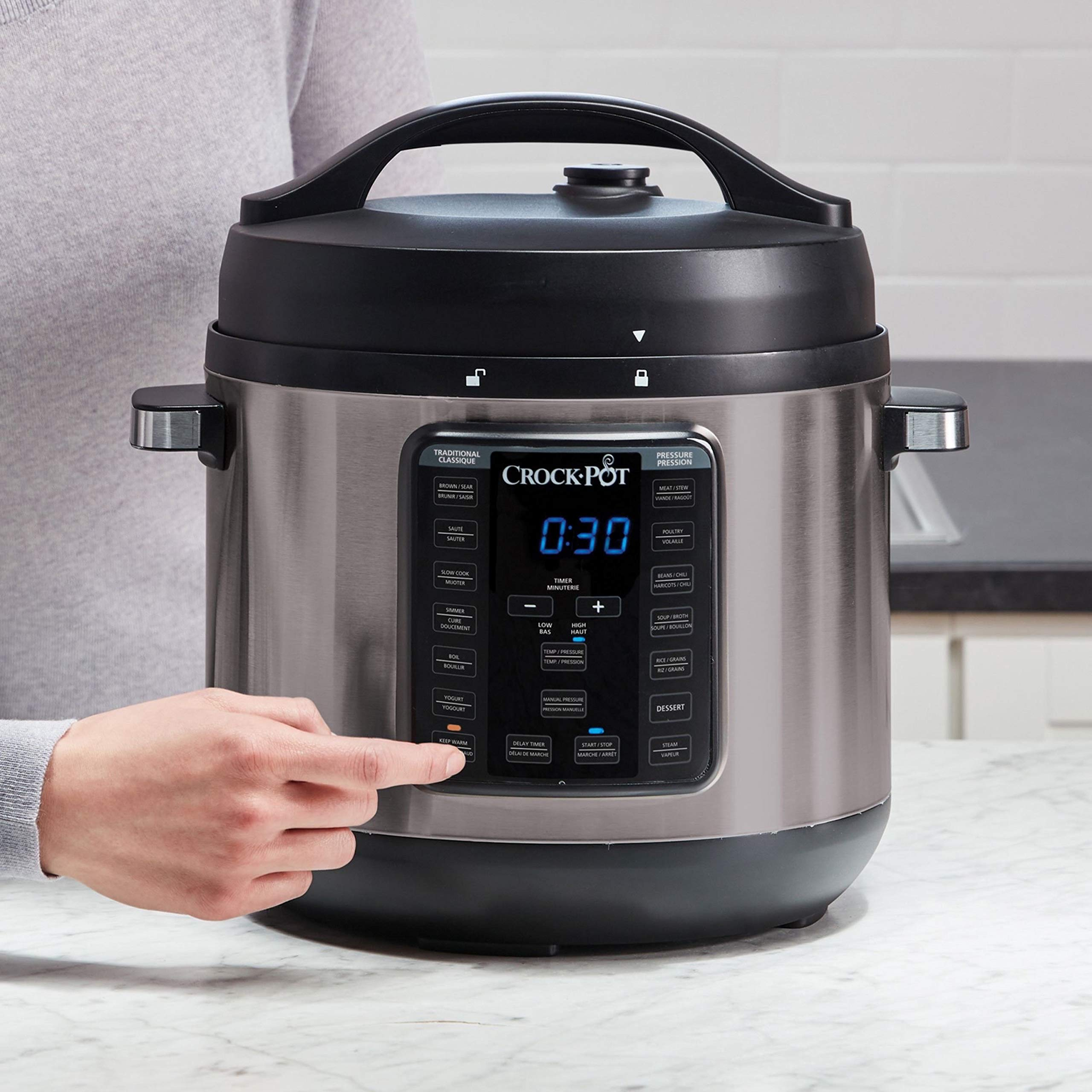 Crock-Pot 8-Quart Multi-Use XL Express Crock Programmable Slow Cooker and Pressure Cooker with Manual Pressure, Boil & Simmer, Black Stainless by Crock-Pot (Image #2)