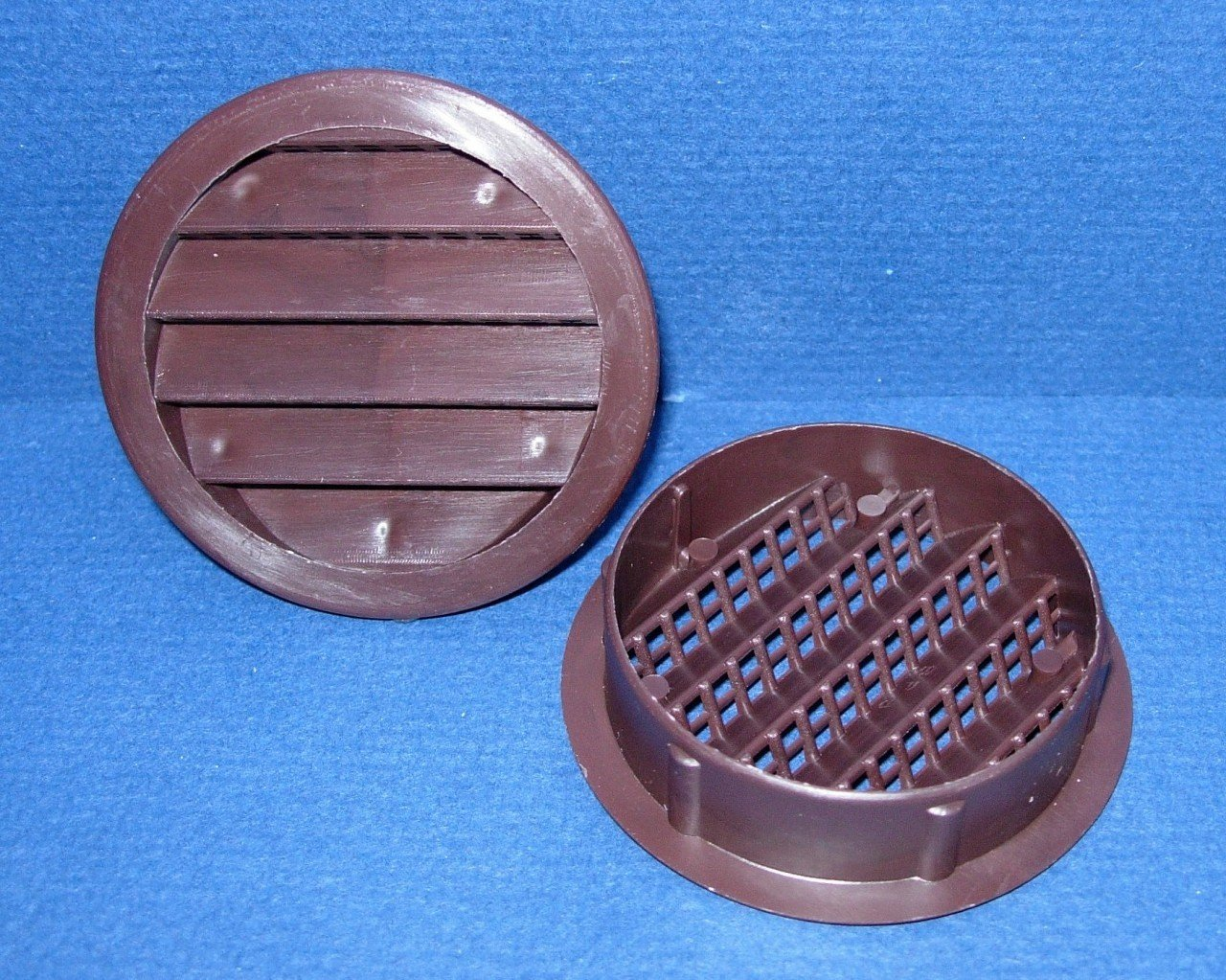 Maurice Franklin Louver-4'' Round Brown Polypropylene Plastic Louver with Insect Screen System (Priced Per Bag of 4). Item #4'' PLB-100