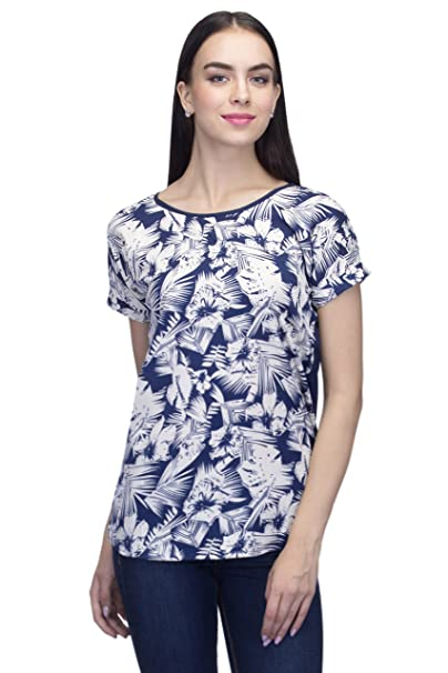6b4c2fa171477a INDIETOGA WOMEN PLUS SIZE WHITE BLUE PRINTED CASUAL PARTY WEAR TOPS FOR  GIRLS  Amazon.in  Clothing   Accessories