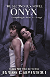 Onyx (Lux - Book Two) (Lux Series 2)