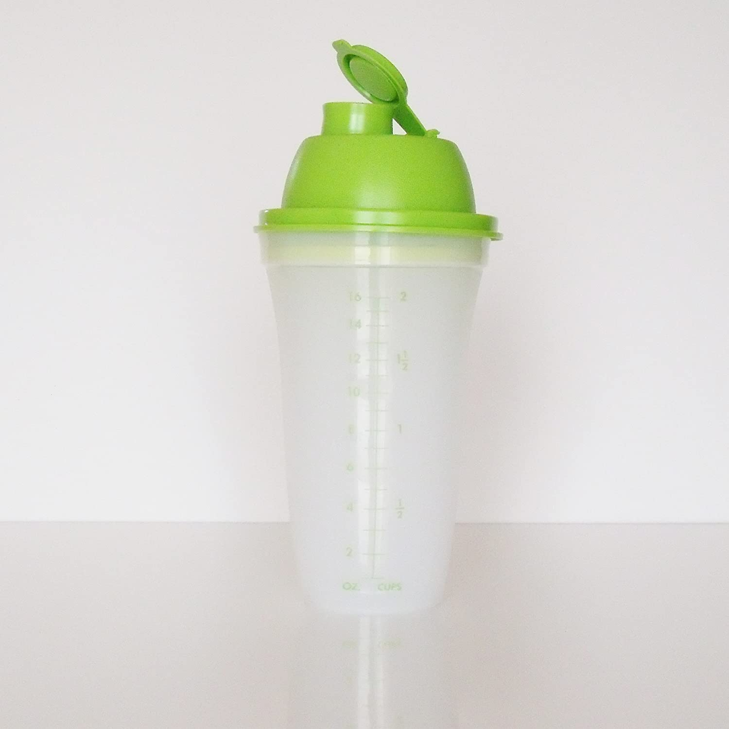 Tupperware Quick Shake Mixer Blender NEW Lime Green COMINHKR018365