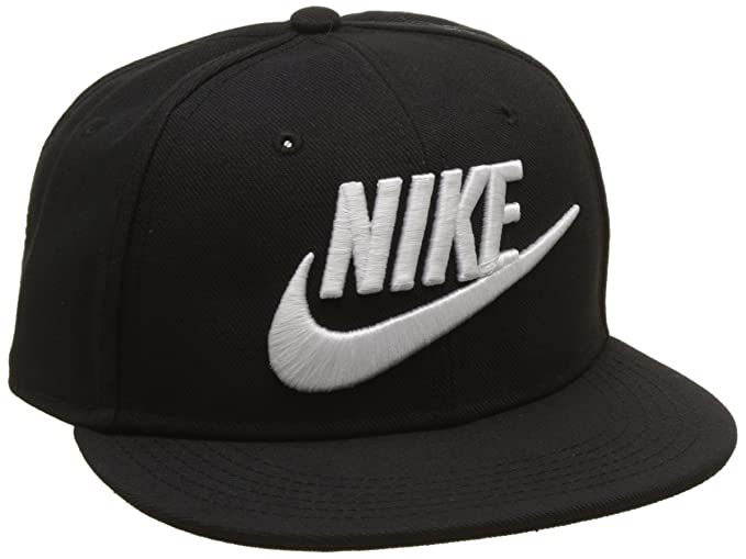 Amazon.com  NIKE Youth Futura True Snapback Hat Black White 614590 ... e269c936198