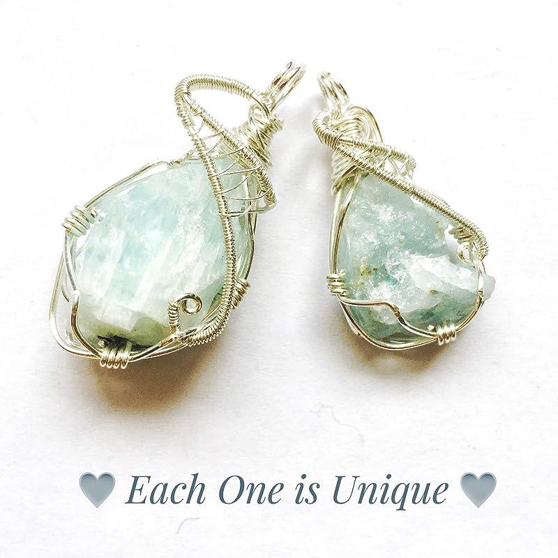 AQUAMARINE Pakistan macrame pendantMarch birthstonedeep creamy aqua blue color gem stone mineralHexagon pendantSandalwood olive wood