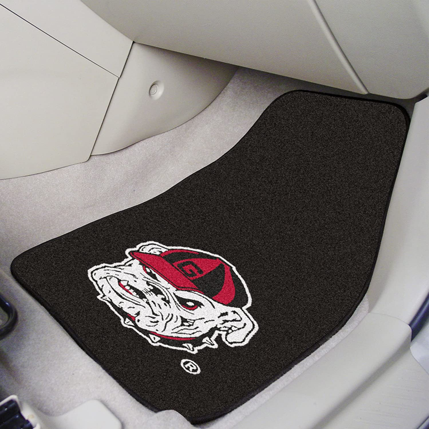 FANMATS NCAA University of Georgia Bulldogs Nylon Face Carpet Car Mat
