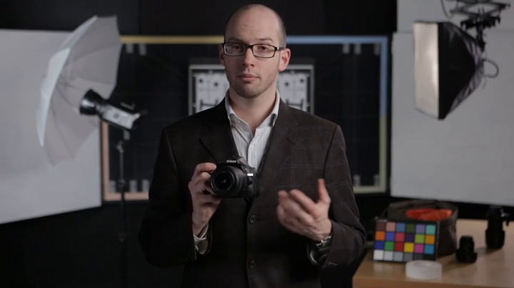 DPReview Nikon D5200 Overview