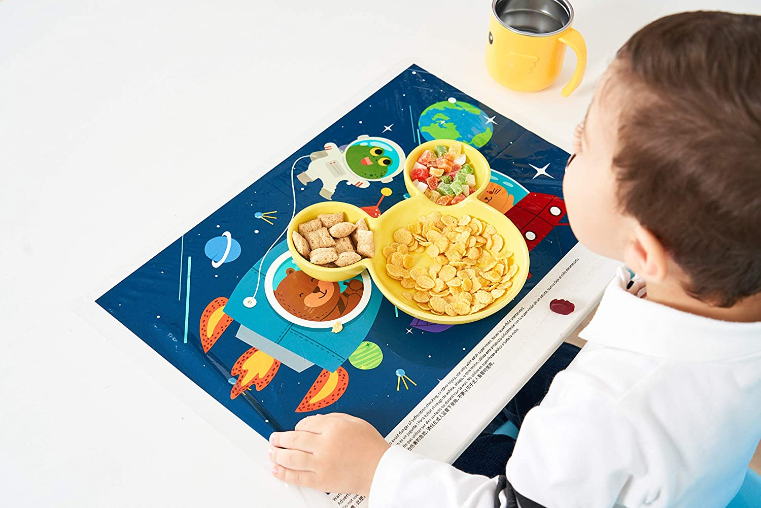 60 Count Disposable Placemats Table Topper Stick Placemats for Baby and Toddler Perfect Use As Table Place BPA Free Plastic Adhesive Mat Safe for Children