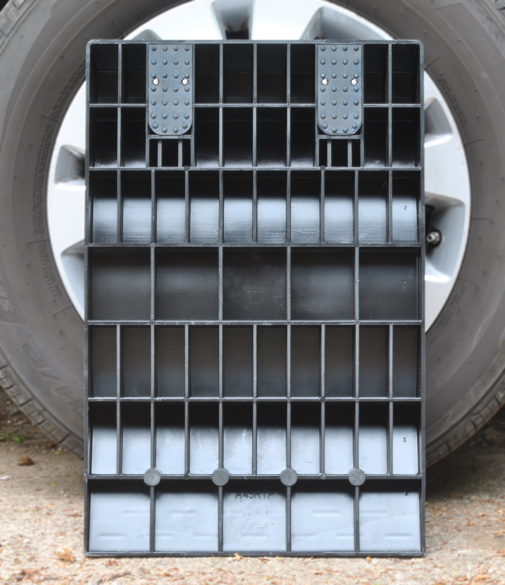 MAXSA 37353 Park Right Tire Saver Ramps for Flat Spot Prevention and Vehicle Storage (Set of 4), Black by Maxsa Innovations (Image #3)