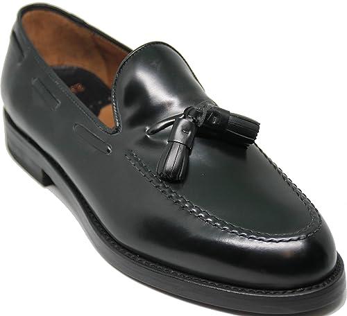Zapato mocasín con borlas;Piel de máxima Calidad,Color Negro
