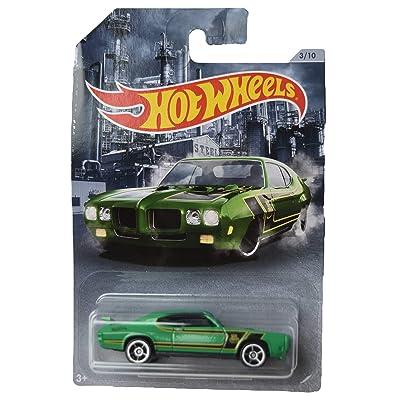 Hot Wheels '70 Pontiac GTO Judge 3/10, Green: Toys & Games