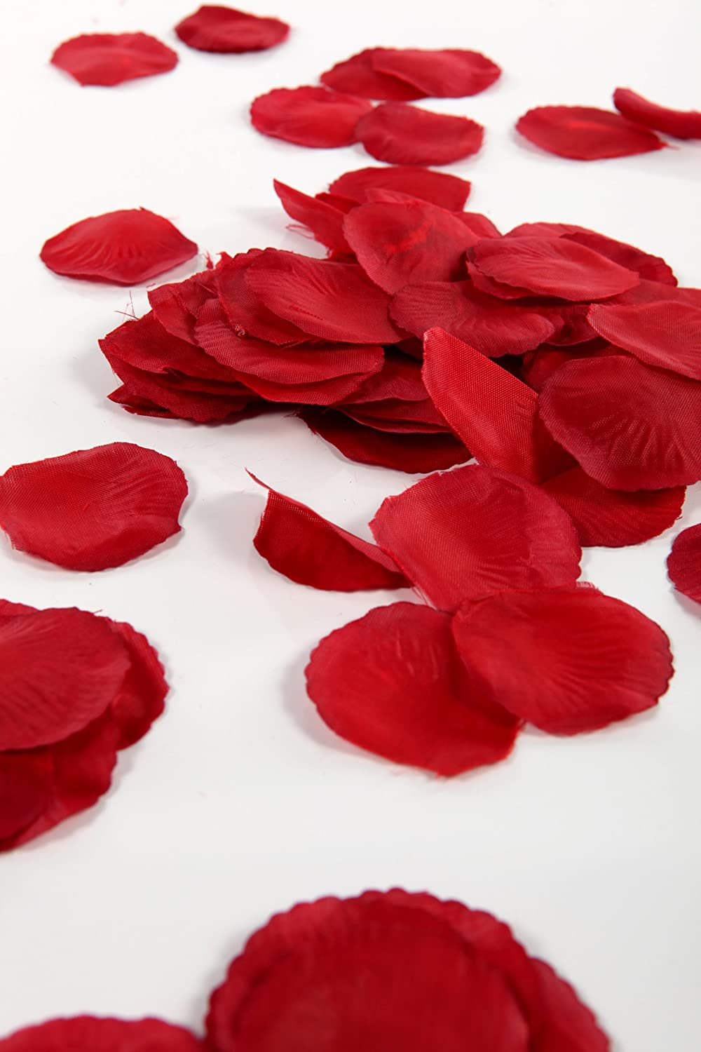 300 deep red silk rose petals great for valentines amazon 300 deep red silk rose petals great for valentines amazon kitchen home mightylinksfo