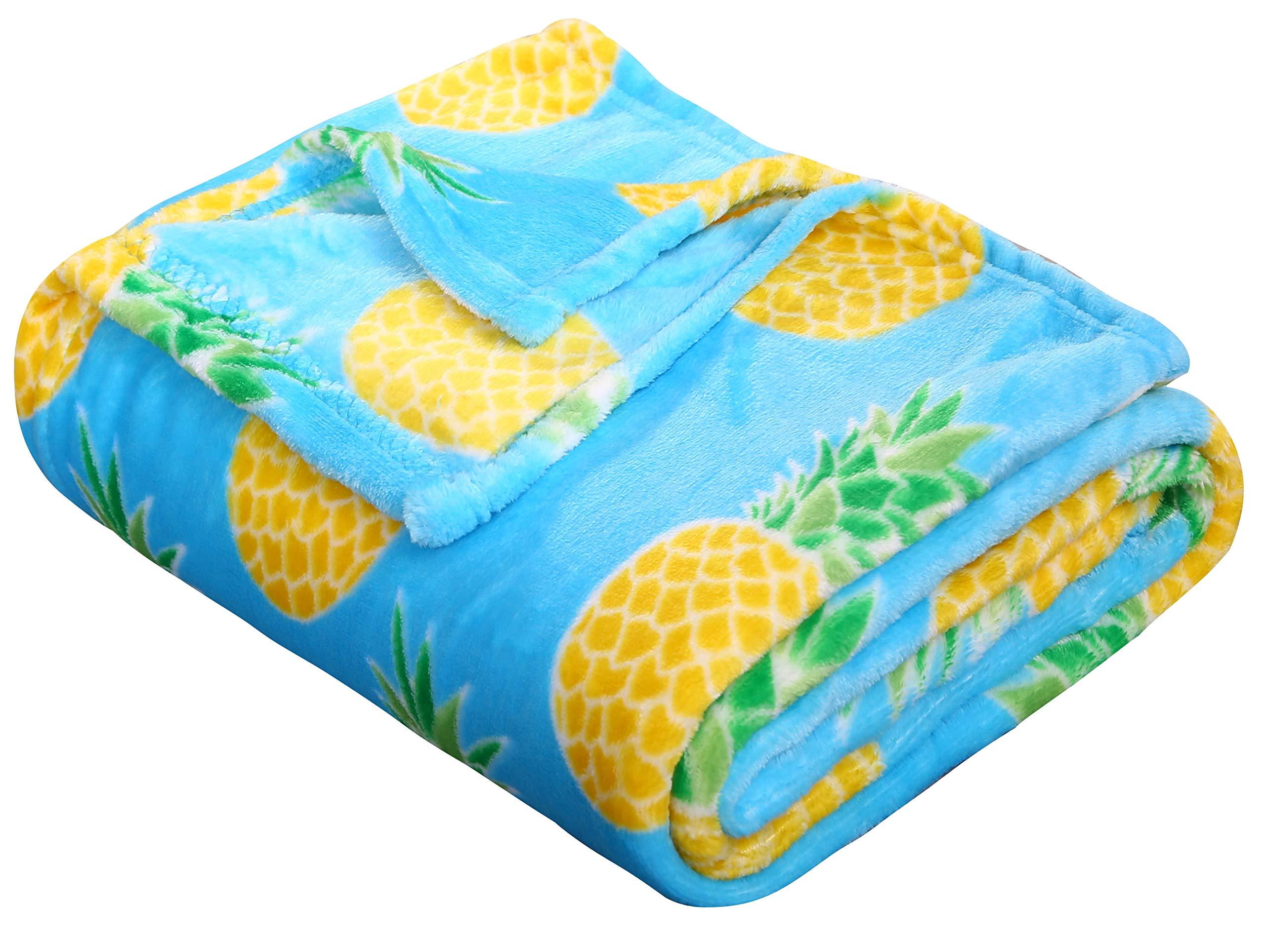 SummerTime Whimsy Plush Fleece Throw Blanket (50'' x 60'') - Pineapple by Décor&More (Image #3)