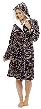 43a0b6572c Ladies Flannel Fleece Hooded Dressing Gown Cosy Robe Animal Print Brown  Black Beige Mink Leopard Zebra