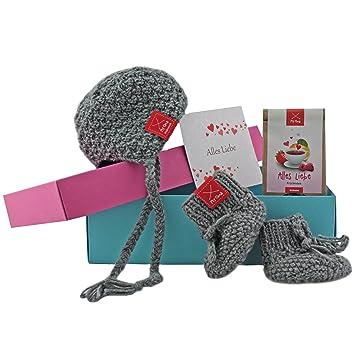 Baby Geschenk Geschenkset Mit Babymutze Schuhchen In Grau Tee