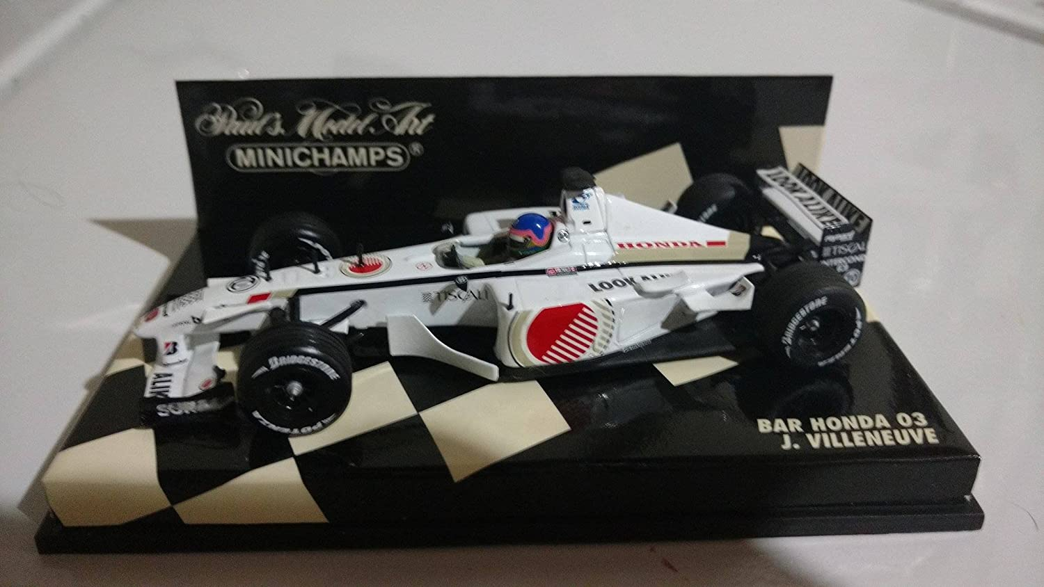 Minichamps F1 1/43 Scale - 400010010 03 BAR HONDA J.VILLENEUVE