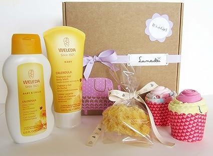 Set de Productos WELEDA con dos Cupcake (hechos con 4 Calcetines de ...