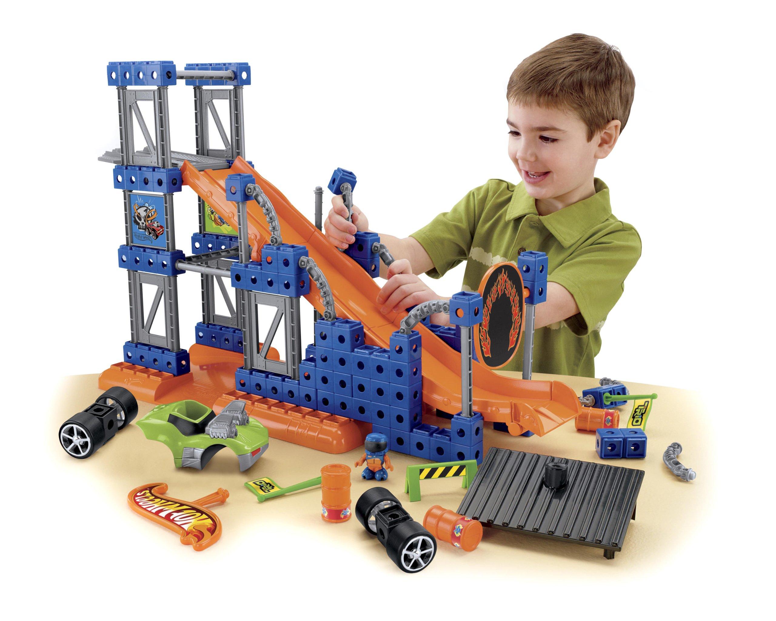 Fisher-Price TRIO Hot Wheels Stunt Ramp Builder